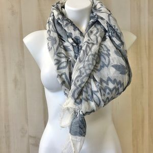 Scarf wrap cotton floral white blue gray